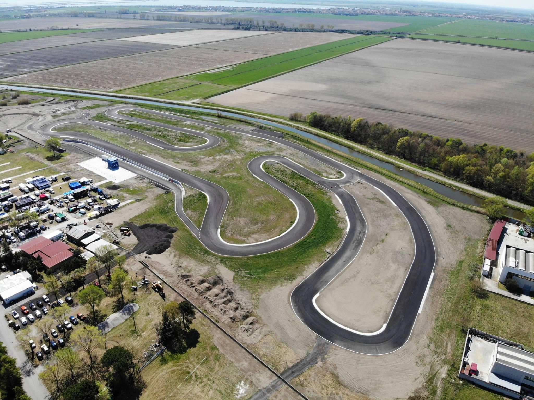 Circuito Varano De Melegari : Circuito di pomposa autodromo